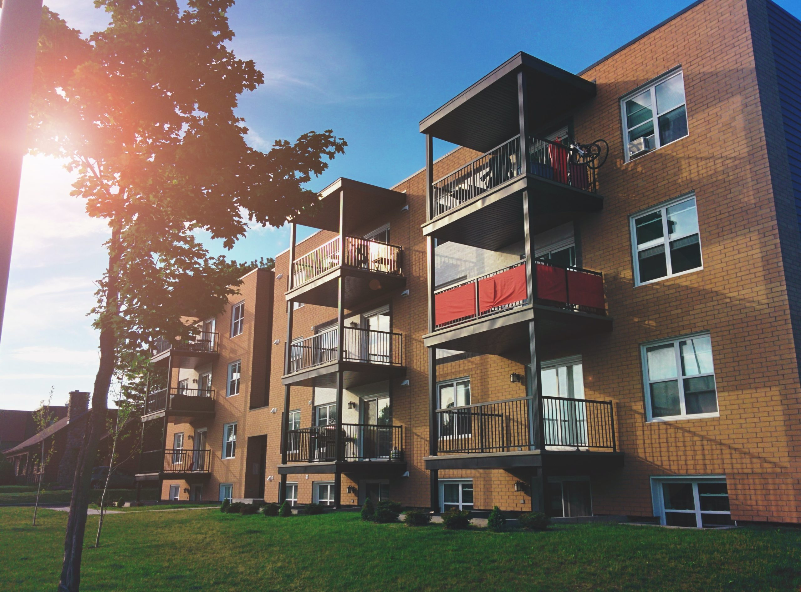 Multifamily Apartment Complex with Good NOI